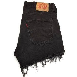 LEVI'S 501 Classic 5 Button Fly Cut Off Shorts